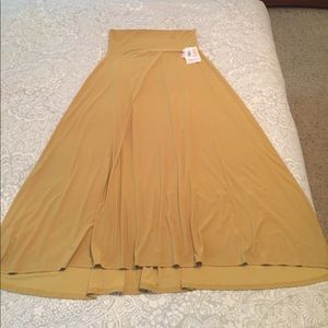 NWT - Solid, mustard yellow knit skirt